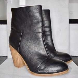 Black Ankle Faux Leather Block Heel Bootie Sz 7.5